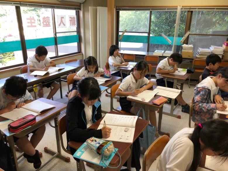 小学生、英語学習の重要性高まる